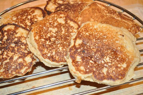 pancakes, whole -grain buttermilk