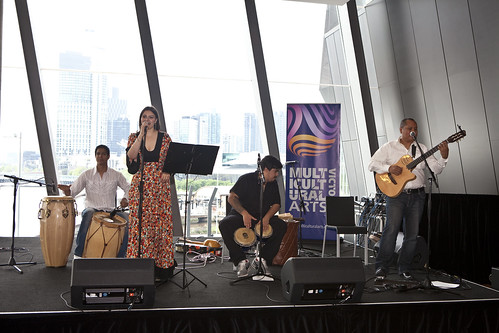 Rose Pàez and Luis Poblete entertained World Summit delegates on the last day of the World Summit