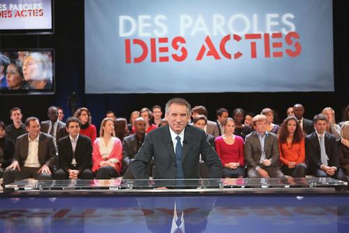 François Bayrou sur le plateau des Paroles et des Actes