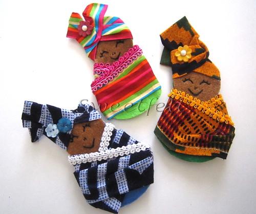 ♥♥♥  Afrikanoskas de trazer ao peito... by sweetfelt \ ideias em feltro
