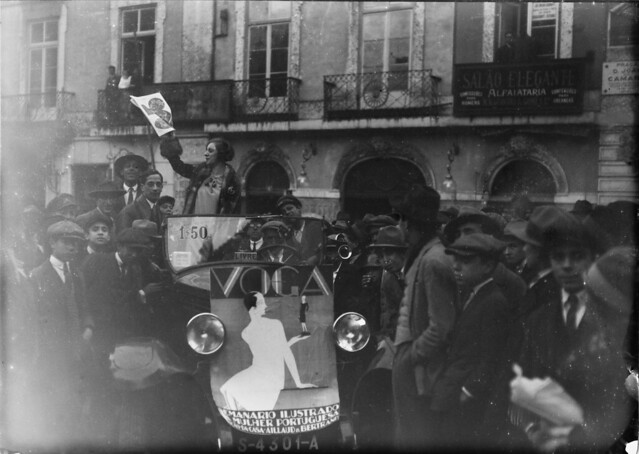 Lançamento da revista «Voga» em Portugal, Lisboa, 1928 (Biblioteca de Arte da F.C.G.)