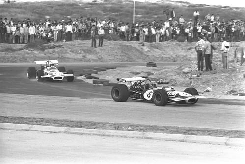 car racing photo