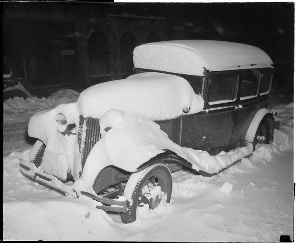 Snow bound autos in Boston