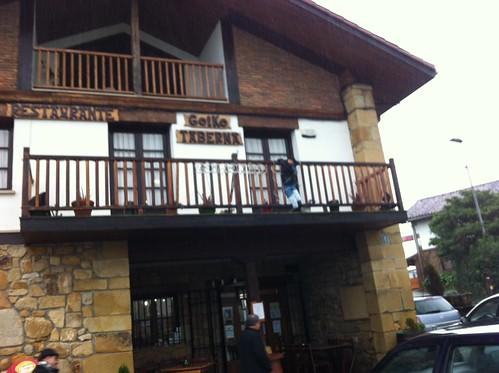 Fachada Restaurante Bolaleku Lezama by LaVisitaComunicacion
