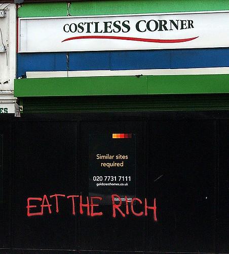 "Eat the rich, o parlare di ""lotta di classe"" dai marciapiedi di Wall Street ai cancelli di Pomigliano"