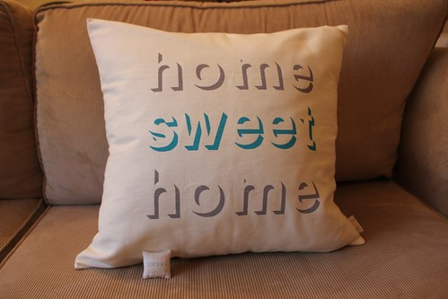 home sweet home cushion and 1:12 scale cushion