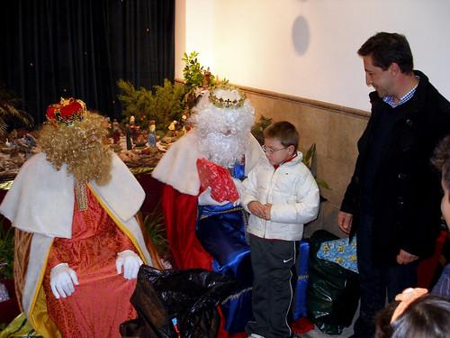 Los Reyes Magos visitan a los niños del Rescate (IV)