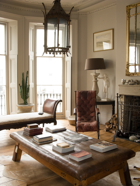 Photo for Modern baroque living room