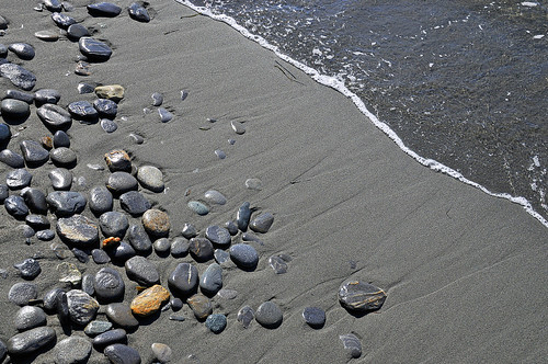 beach stones sand pebbles shoreline sea wave tide bc canada britishcolumbia juandefucaprovincialpark nikond300 ilobsterit