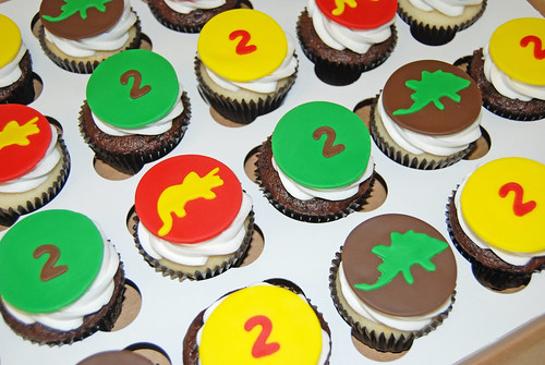 brown green red and yellow 2nd birthday dinosaur cupcakes