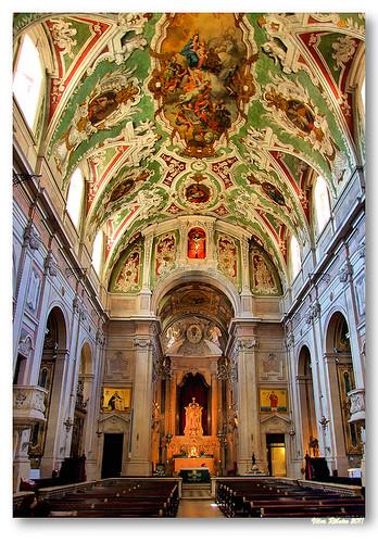 Interior da basílica dos Mártires by VRfoto
