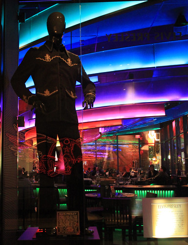 IMG_4053_Elvis Presley at Hard Rock Cafe