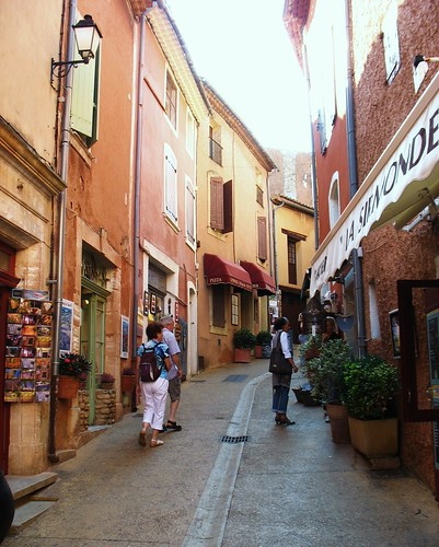 Roussillon, Provence (c2012, FK Benfield)