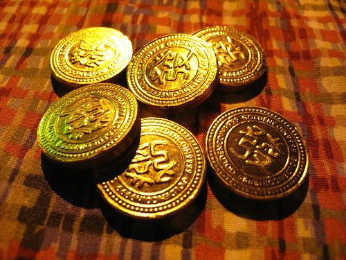 IMG_1939 Gold coins -  They are actually chocolate ! 金币- 它们其实是巧克力 !