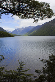 Lake Rotoiti (3 photos)