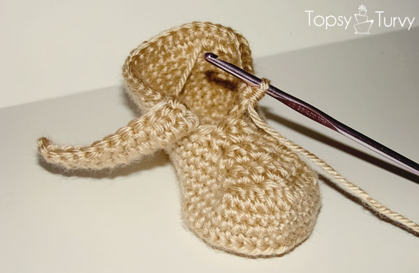 crochet-baby-wrap-button-boot-cuff