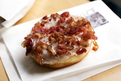 bacon doughnut @ cafe dulce