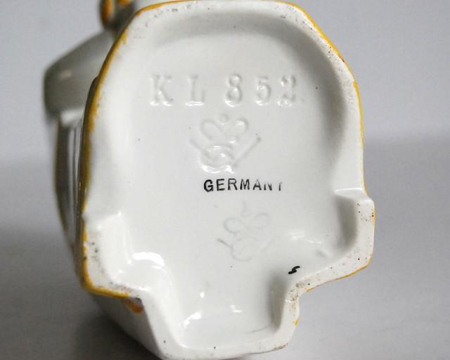 Vintage Goebel 1930s clown bottle 3