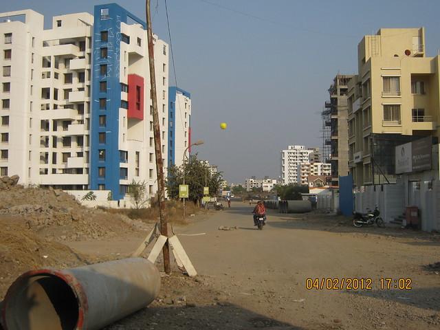 Oravi to Gini Viviana, 2 BHK 2.5 BHK 3 BHK Flats & 3 BHK Duplex, behind MITCON, opposite Balewadi Sports Complex, Balewadi, Pune 411 045