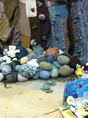 Yarn rocks