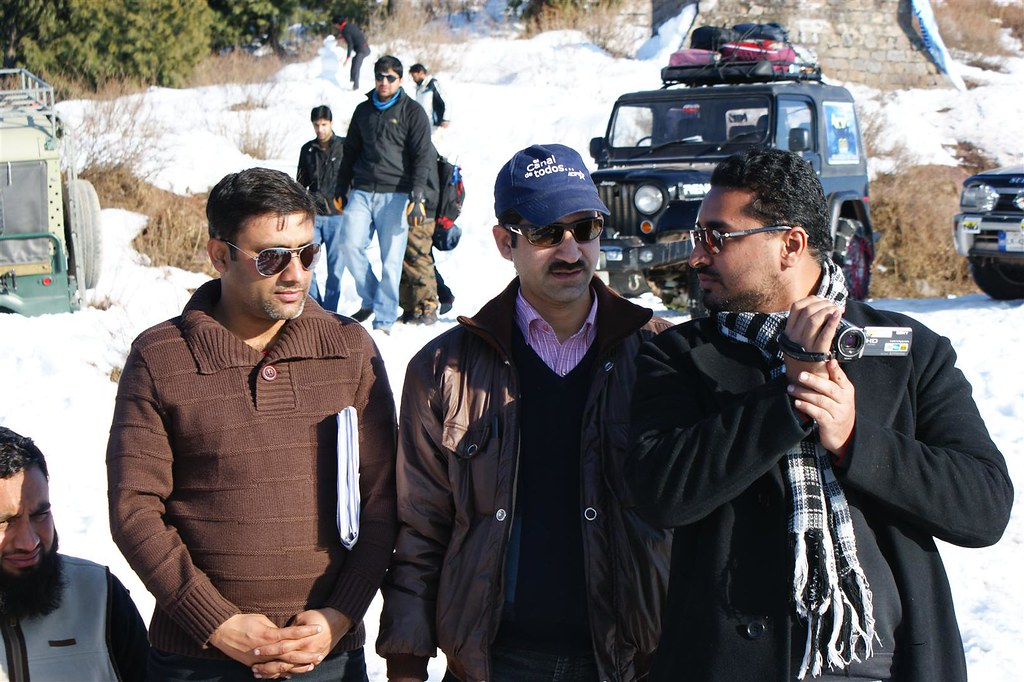 Muzaffarabad Jeep Club Snow Cross 2012 - 6830727993 51145cfefb b