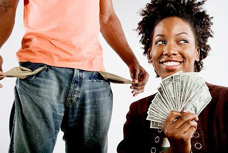 Gaji pegawai kerajaan wajib serah kepada isteri
