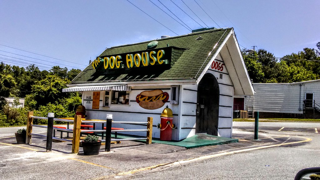 The Dog House Of Hillsborough Nc The Dog House Is A Local