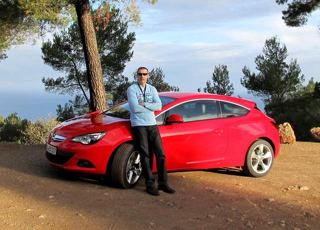 New Opel Astra GTC - test drive Palma de Mallorca