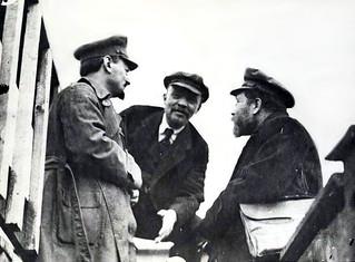 León Trotsky, Vladimir Lenin y Lev Kámenev (Moscú, 1920)