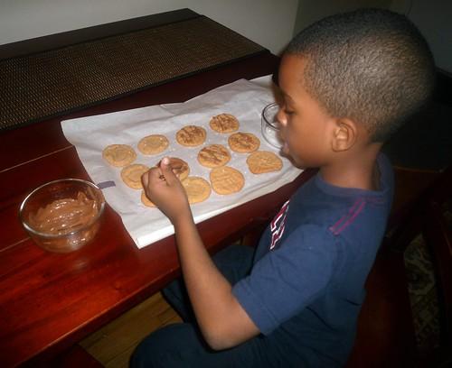 Simple 3-Ingredient Peanut Butter Cookies Recipe