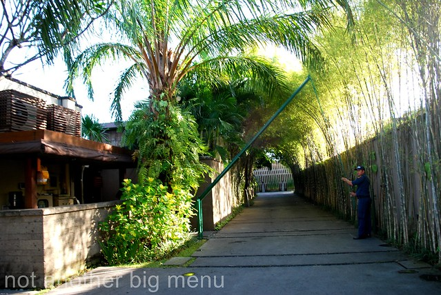 The Elysian, Bali - Entrance to hotel