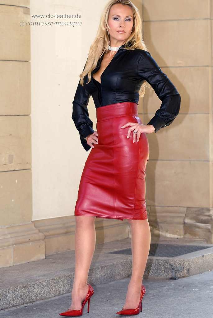 comtesse-monique_red leather skirt suit, seamed stockings ...