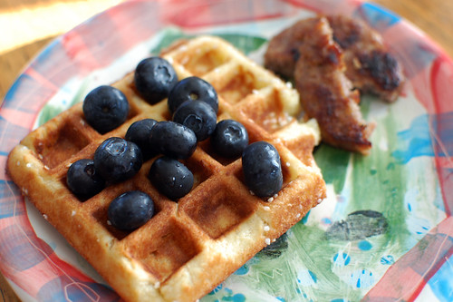 happy thing: blueberries, sugar waffles, and sausage
