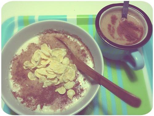 早餐 ::: 肉桂燕麥粥+熱咖啡 by 南南風_e l a i n e
