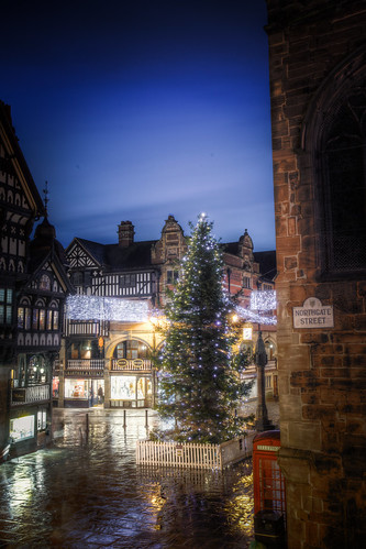 940/1000 - Chester Cross by Mark Carline