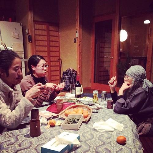 大人のおやつ時間。長谷寺名物の草福餅、よもぎの香りと味が濃くておいしい。