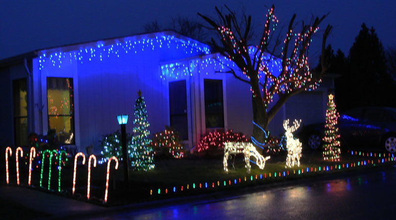 LME Christmas lights 2
