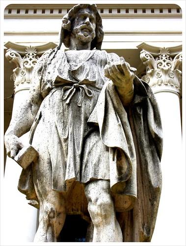 savannah statue
