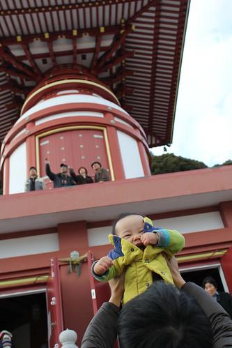2012年の初詣、薬王寺にて