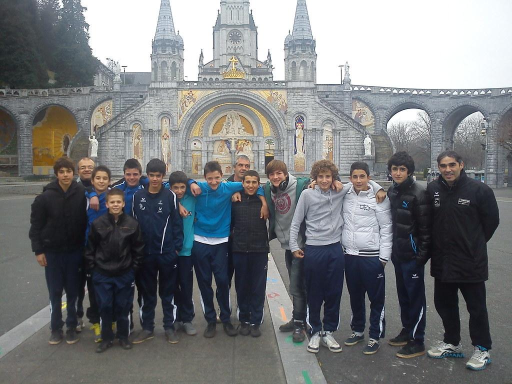 U15 équipe 2 à Lourdes 14 01 2012