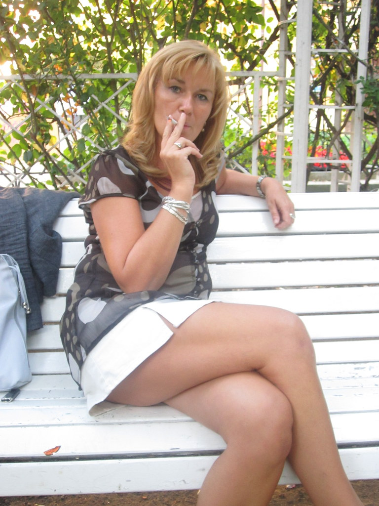 Kavliara sexy mature smoking pics with