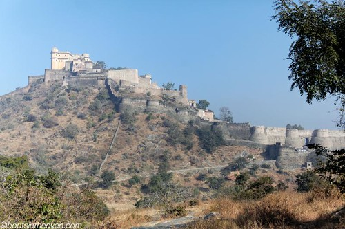 Kumbhalgarh Fort spills down the hillside
