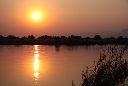 Sunset over the Zambezi (again)