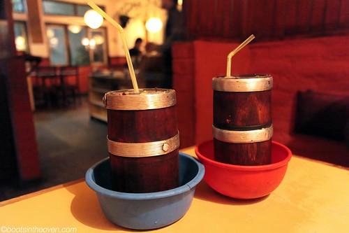 Tungba (Tibetan hot millet beer)