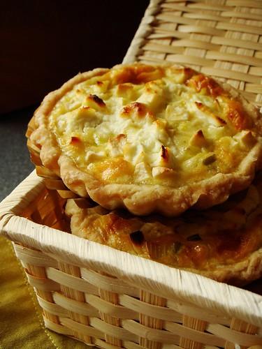 Apple Leek Goat Cheese Quiche