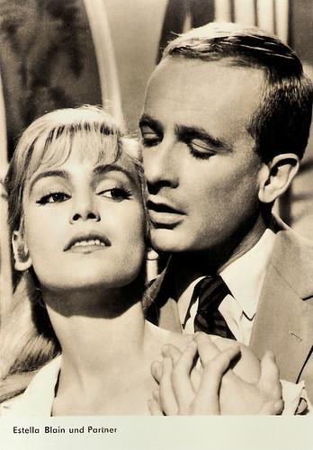 Estella Blain and Philippe Mareuil in Le fauve est lâché (1959)