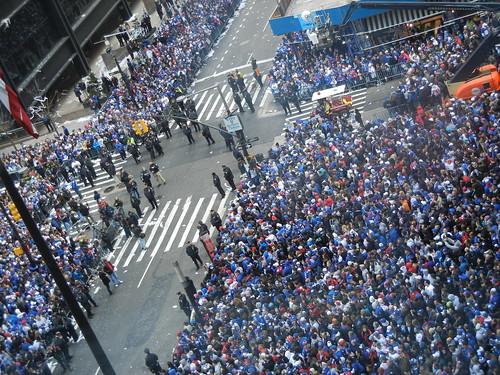 Broadway Crowds waiting