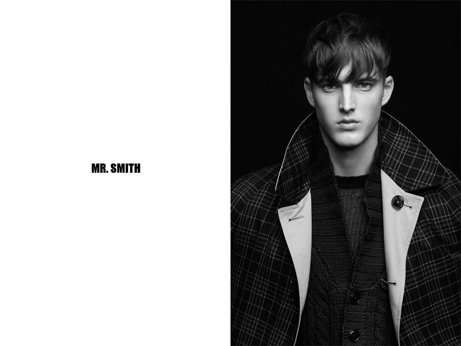 James Smith0107_Maxim magazine Ph Giorgio Codazzi