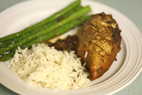 Balsamic chicken with rice and asparagus