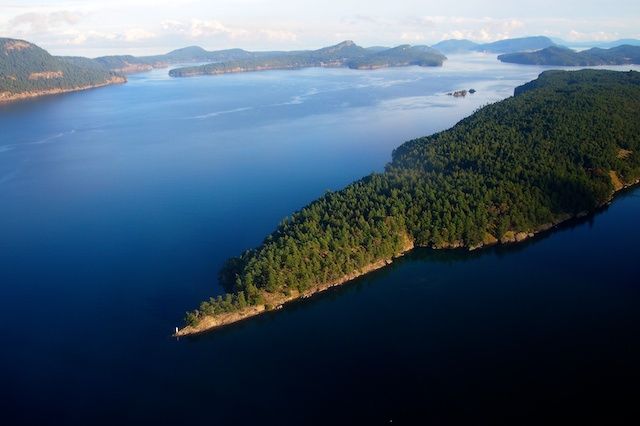 salt spring island hindu personals Suitable for singles or a couple only  the quintessence of salt spring island living is a 20 minute walk  more places to stay in salt spring island: apartments .